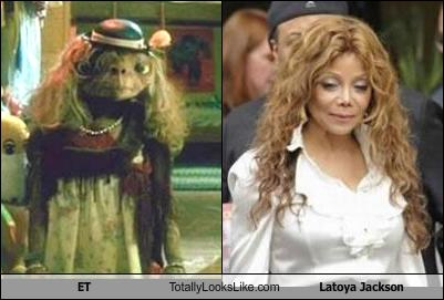 et-totally-looks-like-latoya-jackson