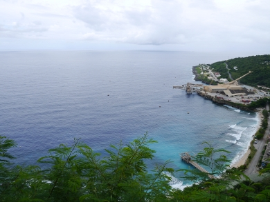 Flying_Fish_Cove_Le_2014_02_05